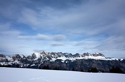 Schnee, Kurfirsten und Himmel