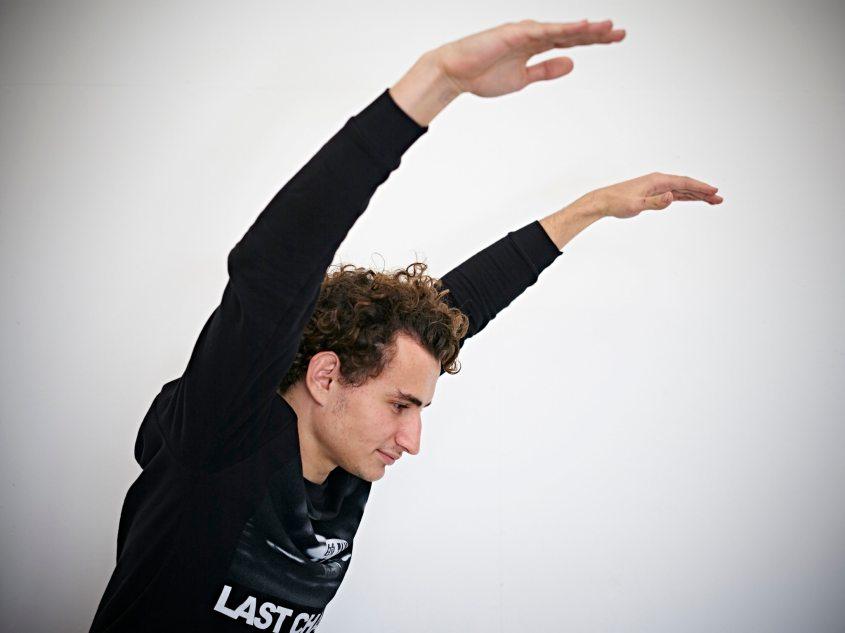 Thesar Abdullahu ist Schwimmer. Er wurde im Juli 2015 Fünfter an den Schweizermeisterschaften Jahrgang 97/98 über 200m Delfin.