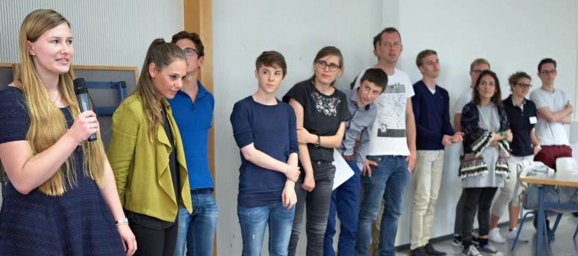 Die Studierenden stellen sich und ihre Studienrichtung vor.
