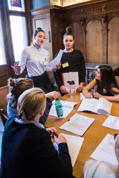 Politik macht Gesetz. Jugendanlass im Rathaus
