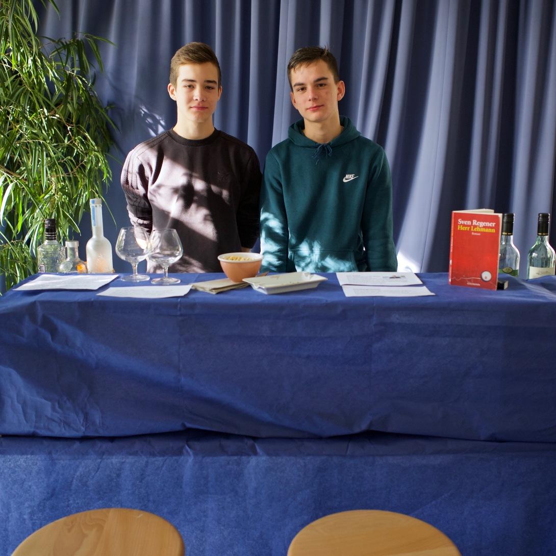 Yanis und Rens mit Sven Regener: Herr Lehmann