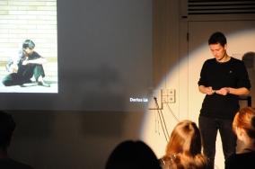 """Die Fotografie """"Milk"""" von Jeff Wall hat Darius Leu auf interessante Ideen für die eigenen Umsetzungen gebracht"""