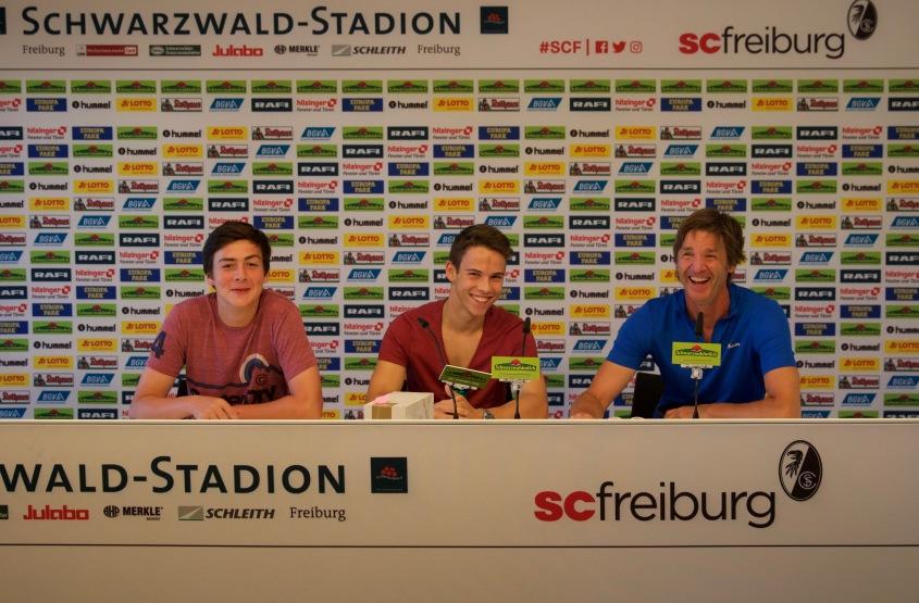 Presskonferenz im Schwarzwaldstadion
