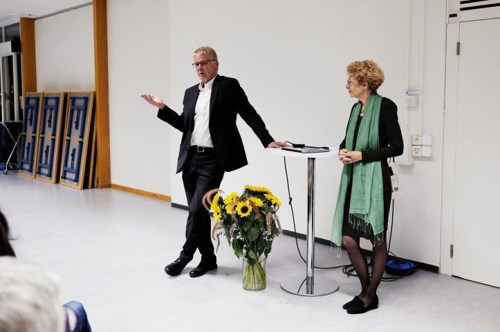 Rektorin Brigitte Jäggi mit ihrem Amtsvorgänger Ueli Maier